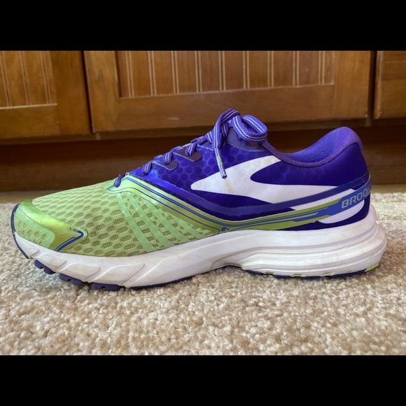 Brooks Shoes | Launch 2 Women Running